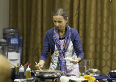 Bettina Zumdick preparing delicious healthy food suitable for cancer therapy and prevention.
